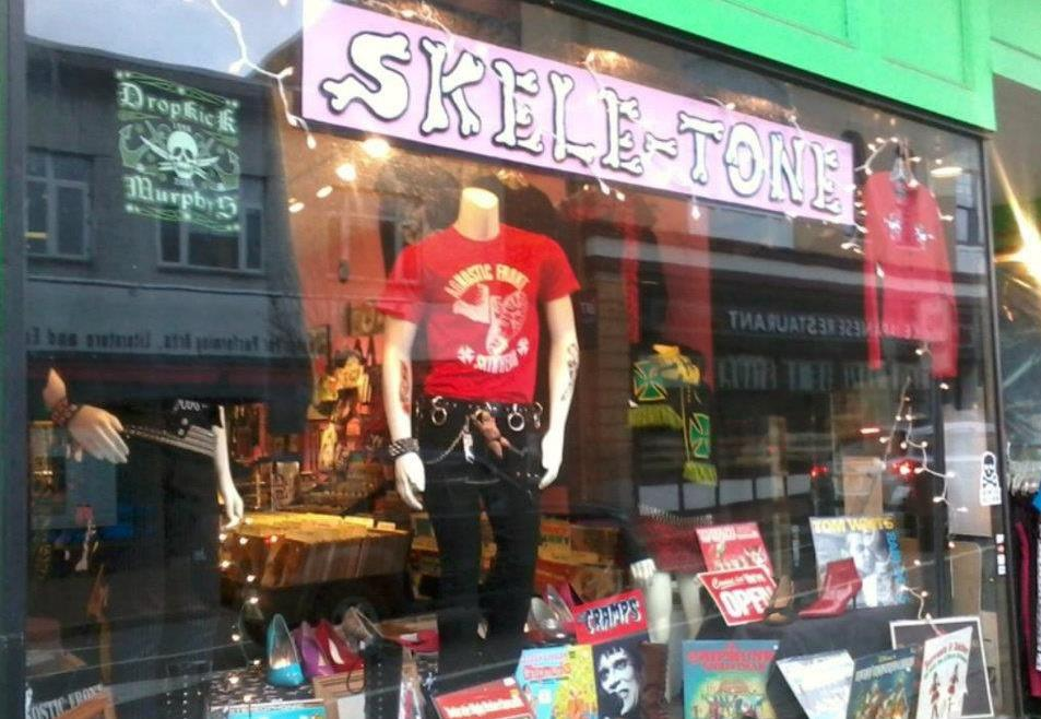 SK = SKELETONE RECORDS & ALTERNATIVE FASHION